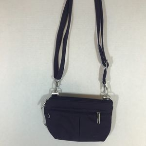 Travelon Eggplant Small Crossbody RFID Shield